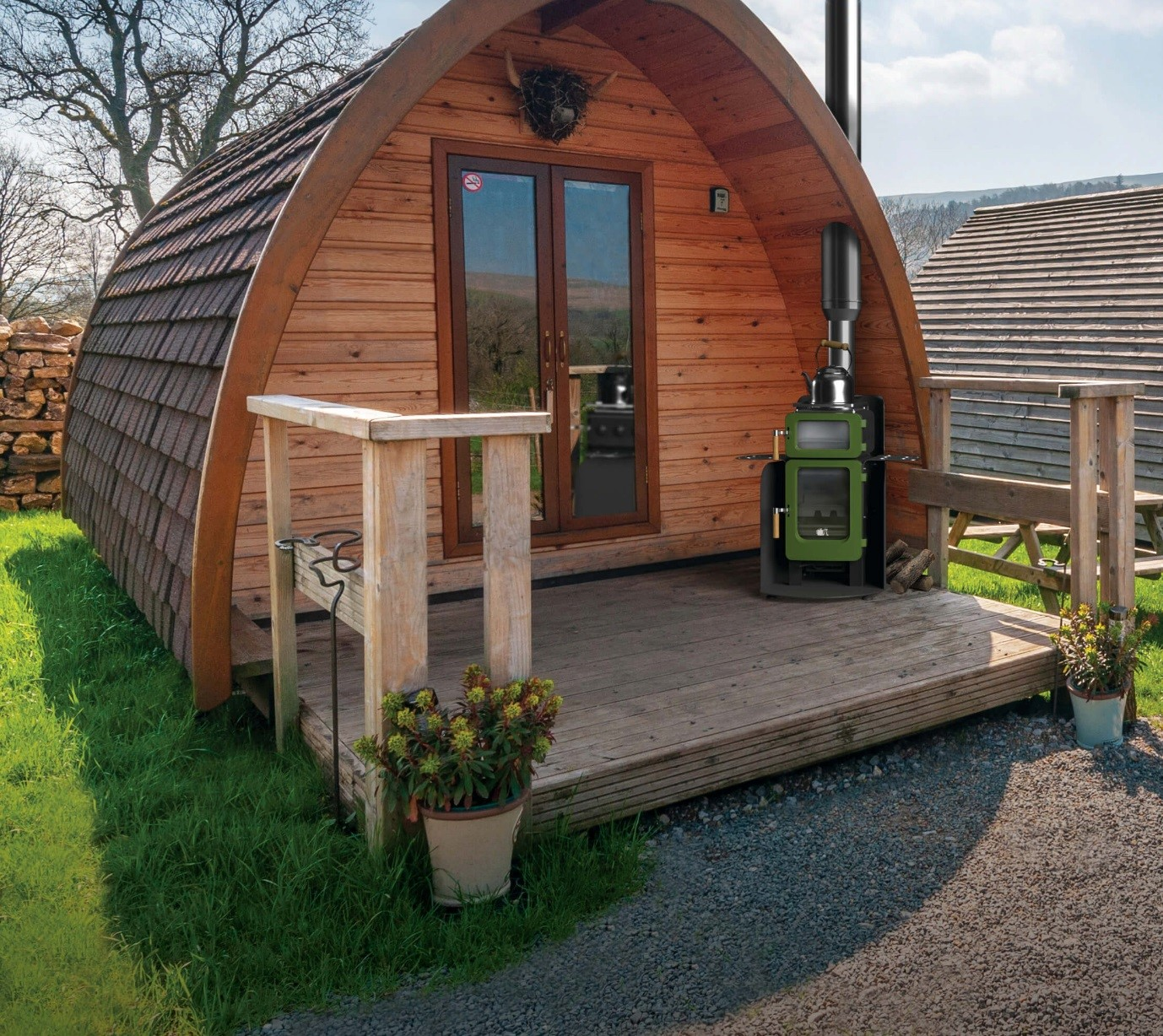 apple pie in a glamping pod
